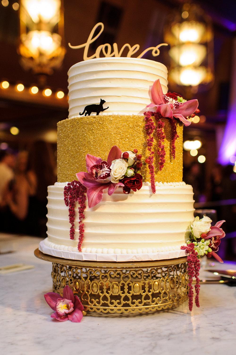 Wedding Cake Details at Lake Union Cafe