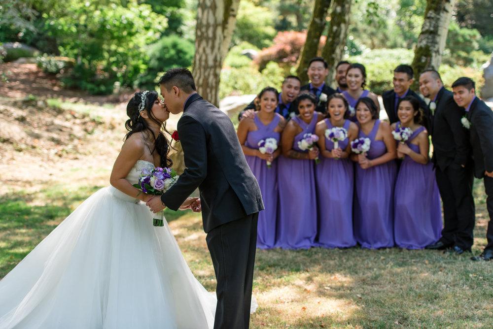 Asian Bride Groom Wedding Party Romantic Outdoor Wedding Portrai