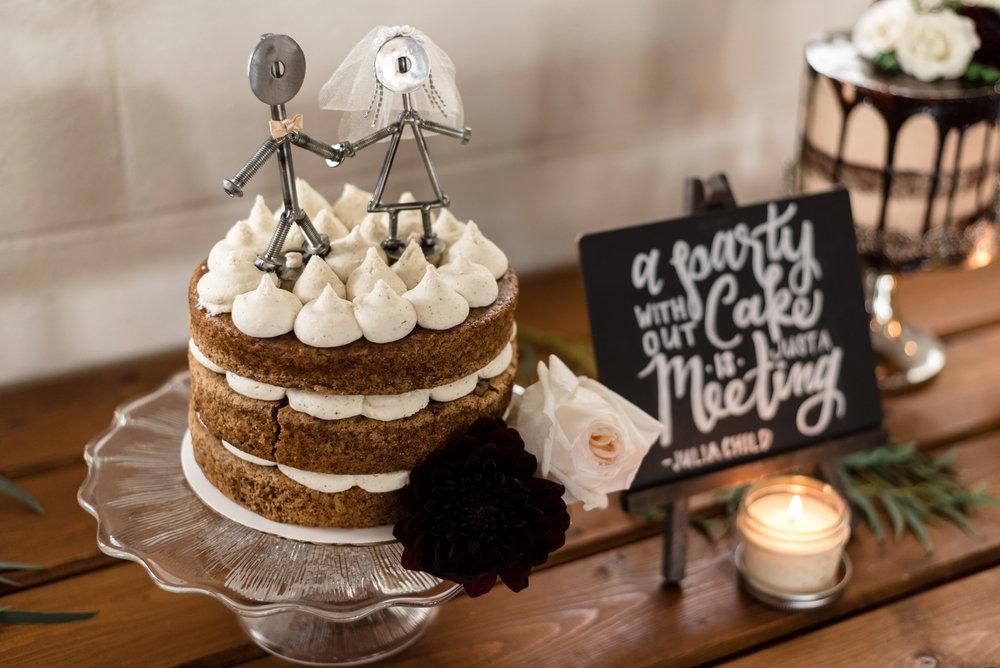 Wedding Cake Details at Dairyland in Snohomish
