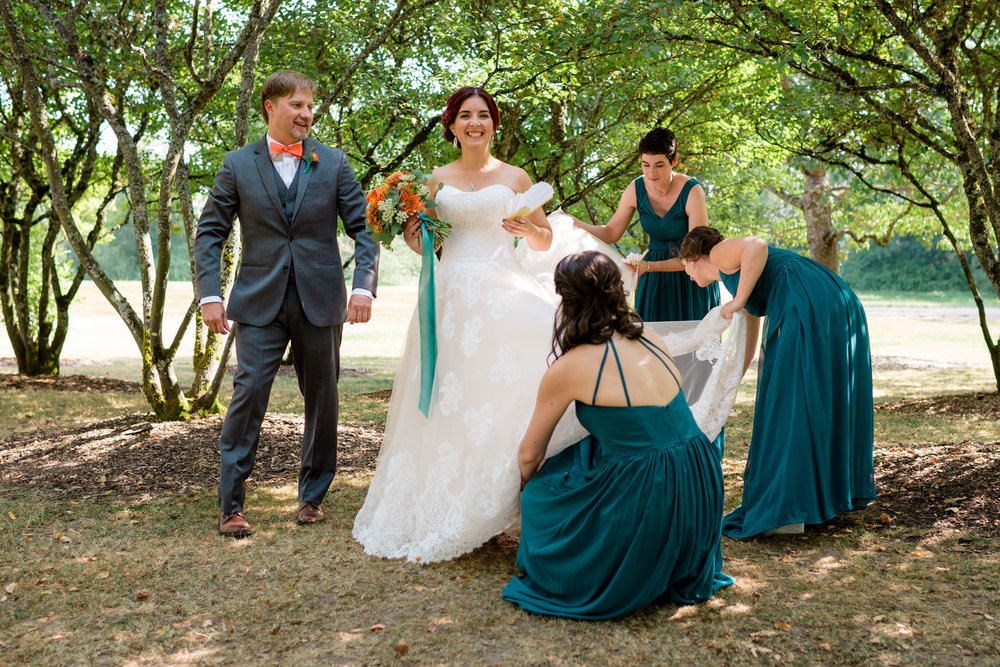 Andrew Tat - Documentary Wedding Photography - Goodfellow Grove - Seattle, Washington -Rebecca & Jason - 18.jpg