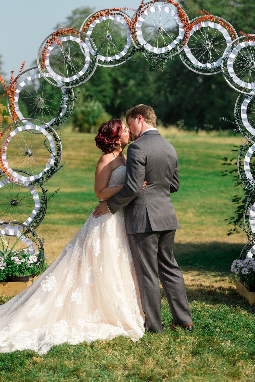 Andrew Tat - Documentary Wedding Photography - Goodfellow Grove - Seattle, Washington -Rebecca & Jason - 27.jpg