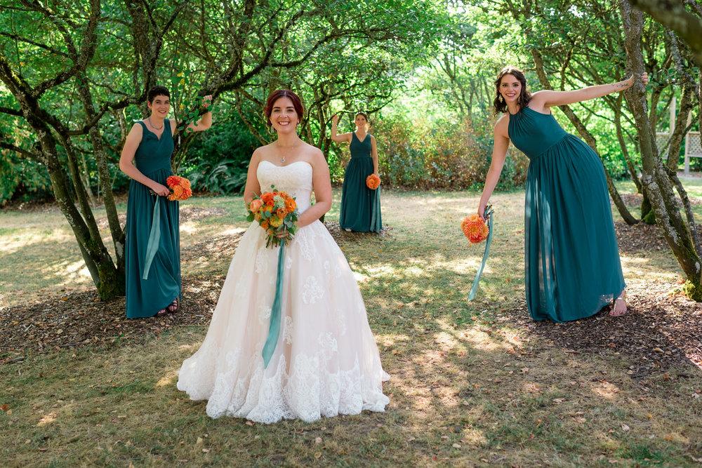 Andrew Tat - Documentary Wedding Photography - Goodfellow Grove - Seattle, Washington -Rebecca & Jason - 29.jpg