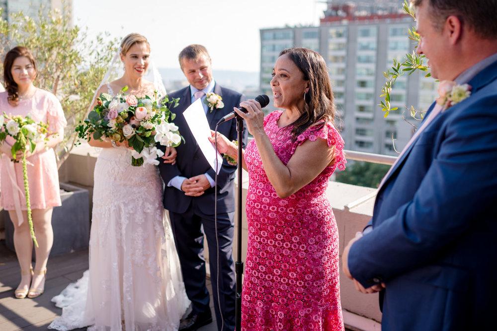 Andrew Tat - Documentary Wedding Photography - Hotel Sorrento - Seattle, Washington -Jessica & Paul - 20.jpg