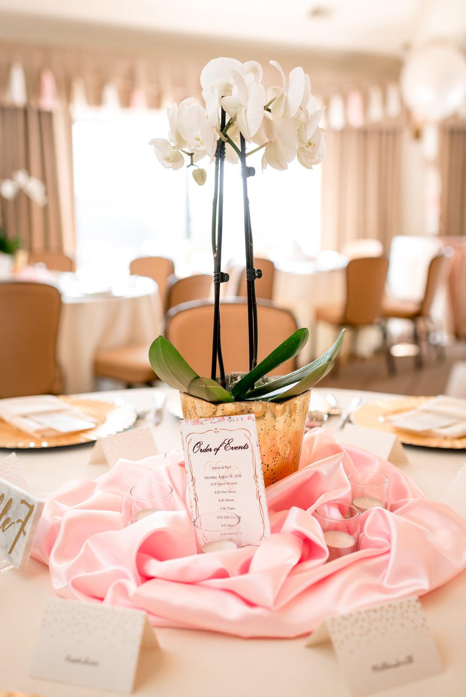 Andrew Tat - Documentary Wedding Photography - Hotel Sorrento - Seattle, Washington -Jessica & Paul - 16.jpg