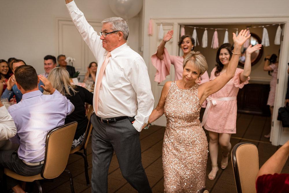 Andrew Tat - Documentary Wedding Photography - Hotel Sorrento - Seattle, Washington -Jessica & Paul - 29.jpg