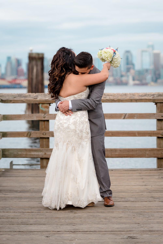 Andrew Tat - Documentary Wedding Photography - Salty's - Seattle, Washington -Mark & Marcy - 05.jpg