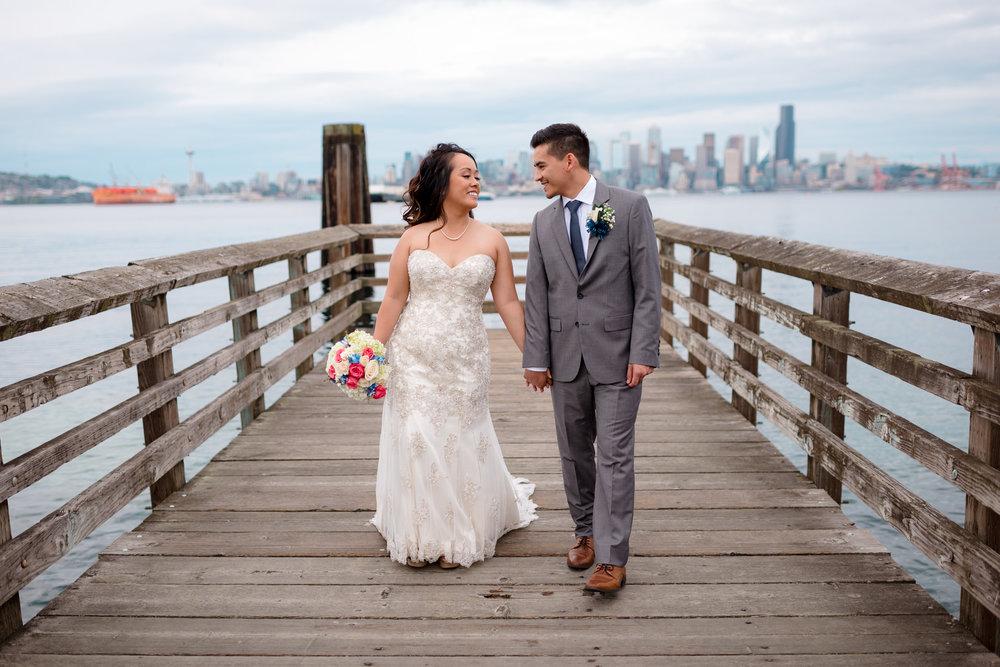 Andrew Tat - Documentary Wedding Photography - Salty's - Seattle, Washington -Mark & Marcy - 07.jpg