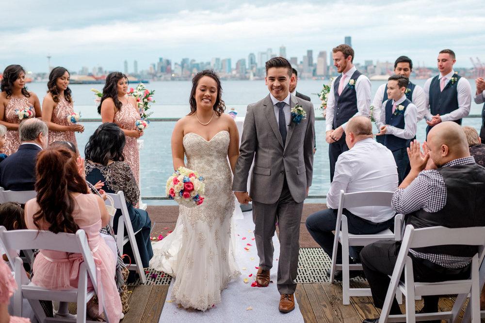 Andrew Tat - Documentary Wedding Photography - Salty's - Seattle, Washington -Mark & Marcy - 19.jpg