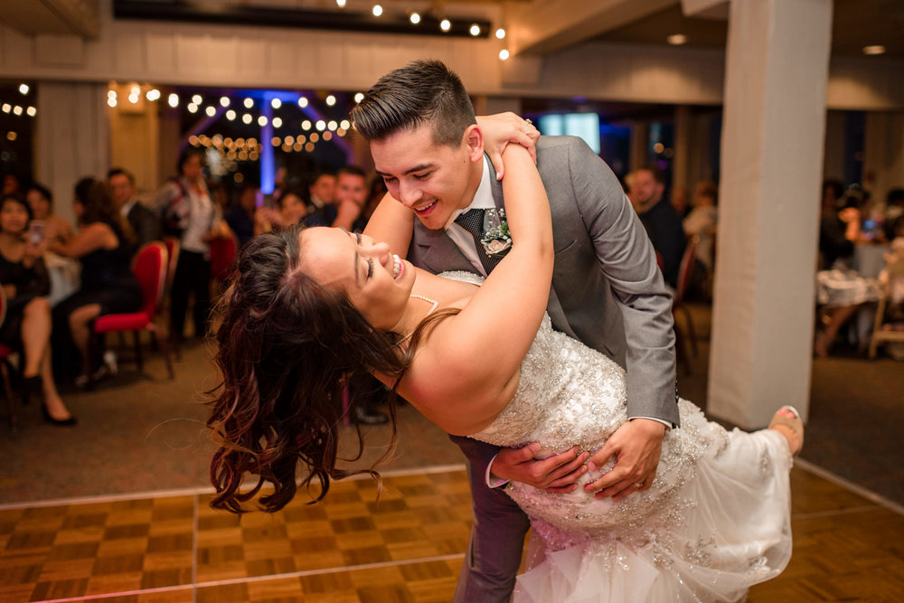 Andrew Tat - Documentary Wedding Photography - Salty's - Seattle, Washington -Mark & Marcy - 22.jpg