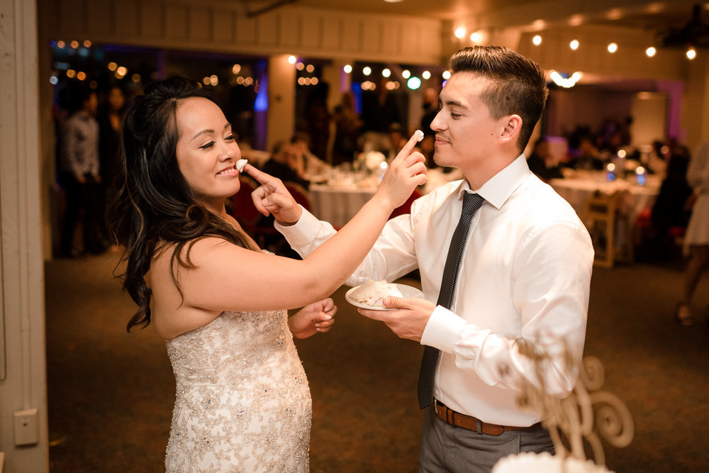 Andrew Tat - Documentary Wedding Photography - Salty's - Seattle, Washington -Mark & Marcy - 25.jpg