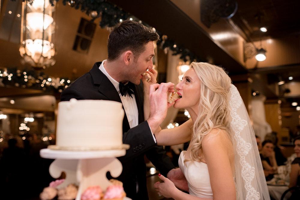 Andrew Tat - Documentary Wedding Photography - Lake Union Cafe - Seattle, Washington -Rachel and Ryan - 37.jpg