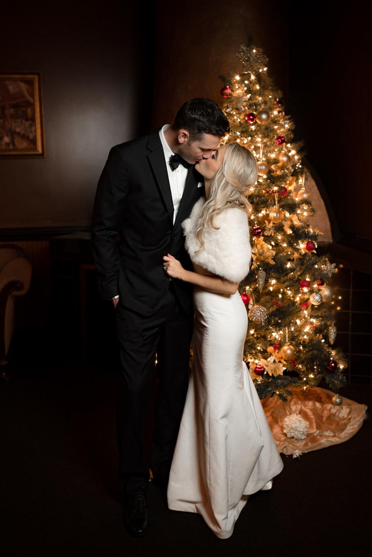 Andrew Tat - Documentary Wedding Photography - Lake Union Cafe - Seattle, Washington -Rachel and Ryan - 60.jpg