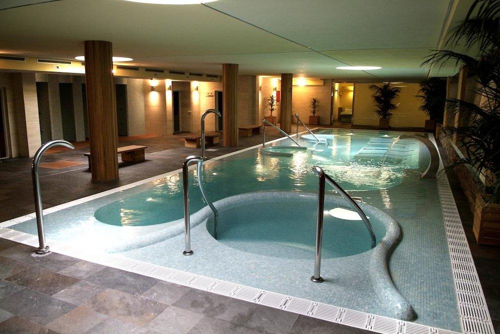 4 Star Hotel & Spa