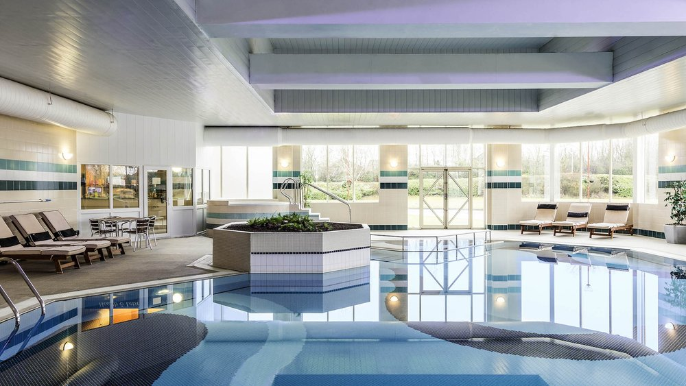 Daventry Court Hotel Indoor Pool