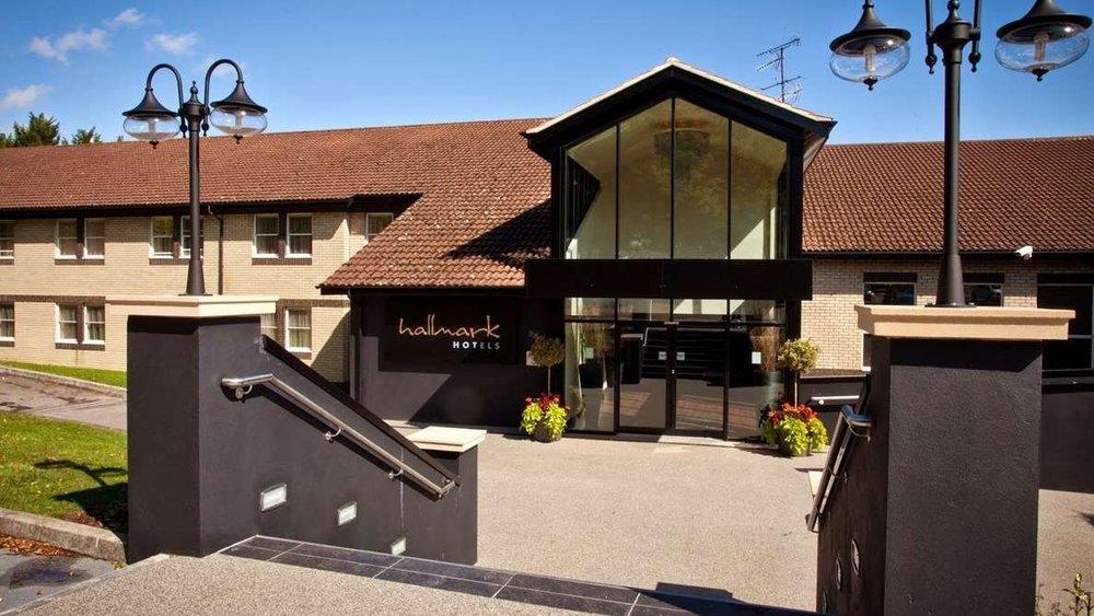 Hallmark 4 Star Hotel 5minutes off M5