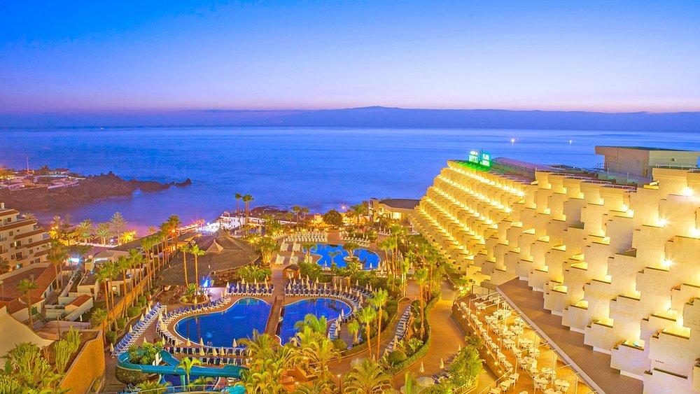 Playa La Arena Hotel tenerife - 4th January 2020