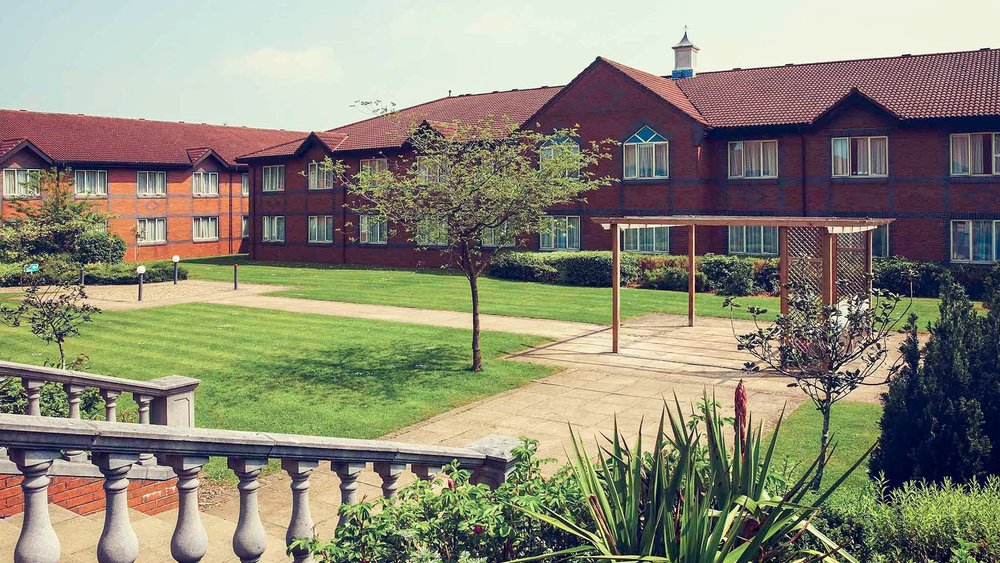 Daventry court hotel - 24th December 2019 3 to 9nts