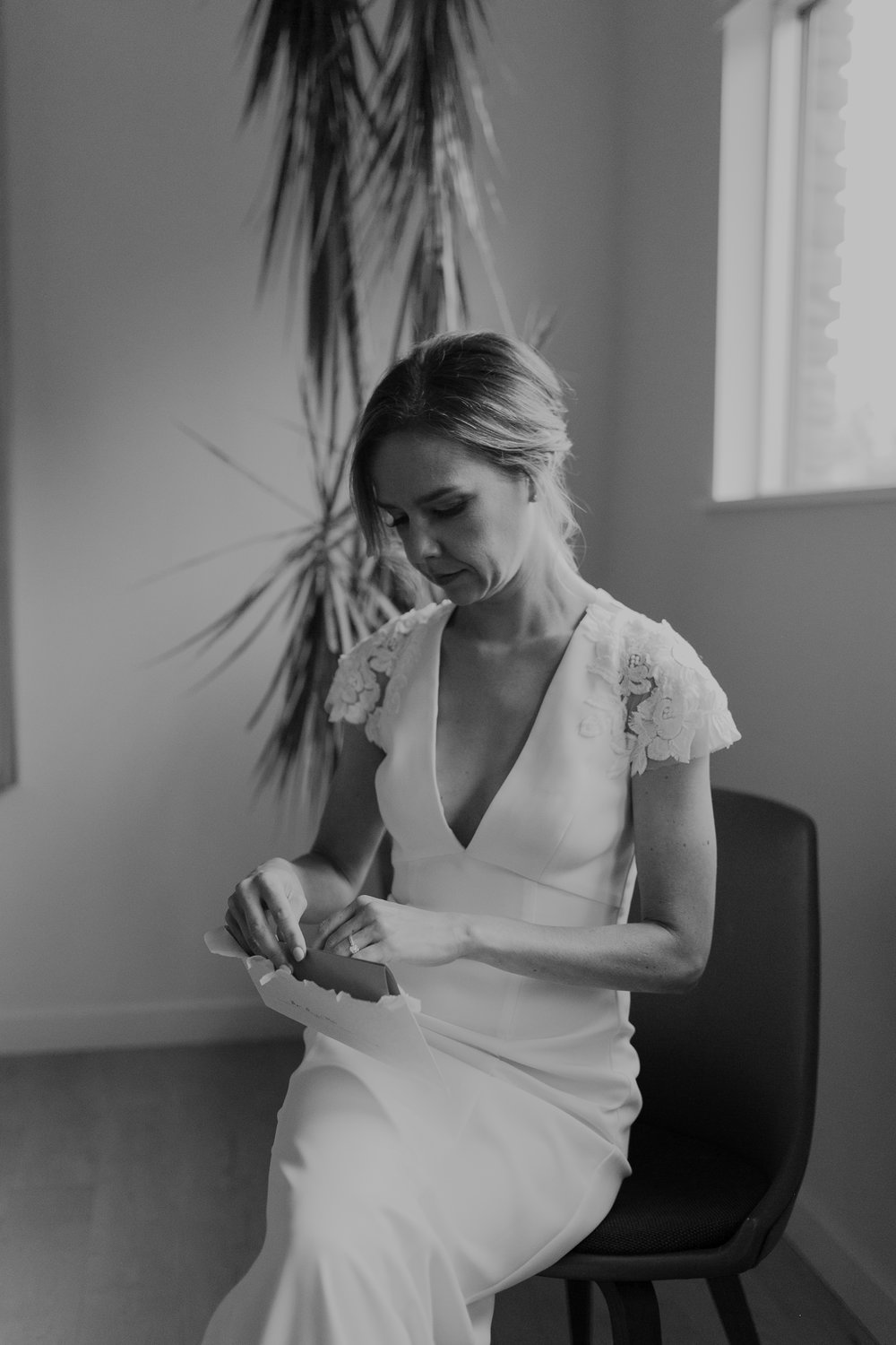 BrideGettingReady10.13.18-115.jpg