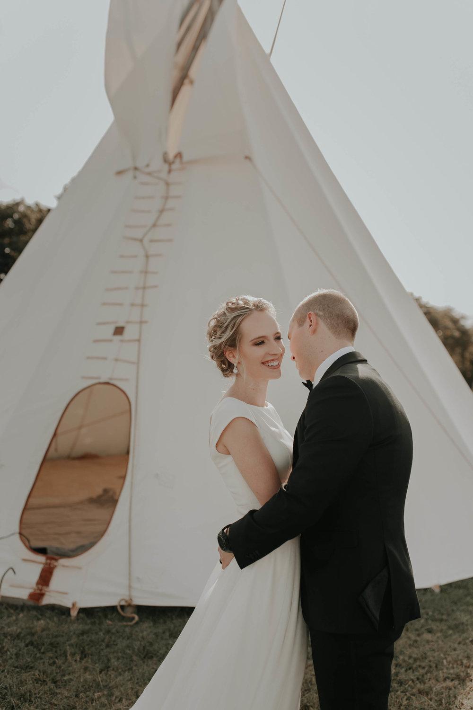 10.06.18ClayEmilyWedding-BrideGroom--10.jpg