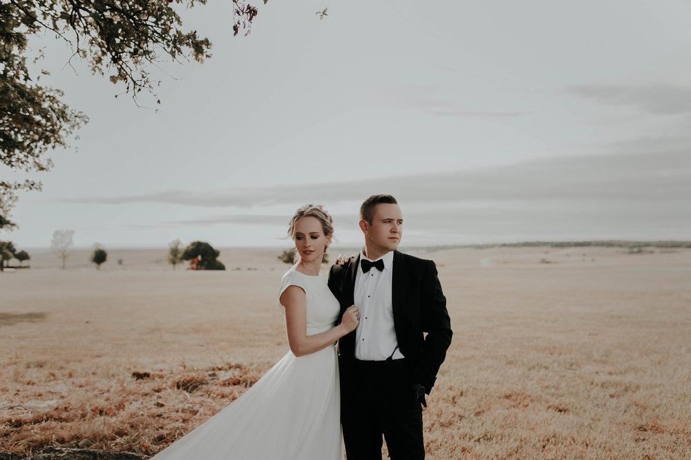 10.06.18ClayEmilyWedding-BrideGroom--16.jpg