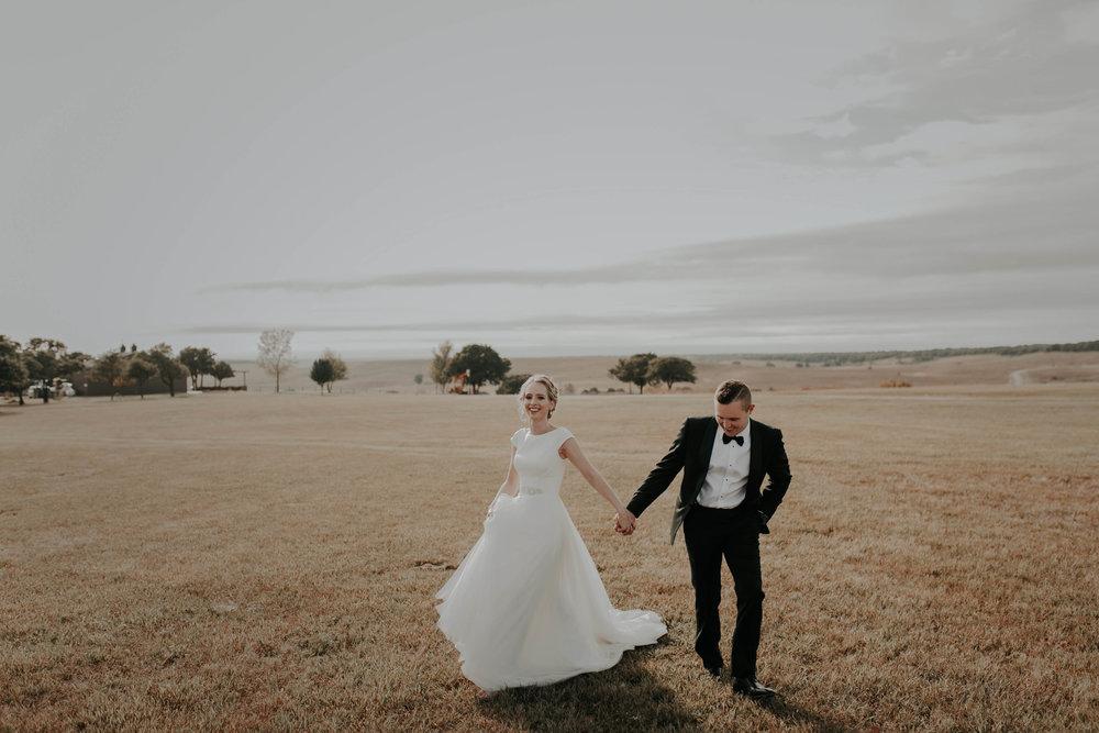 10.06.18ClayEmilyWedding-BrideGroom--27.jpg