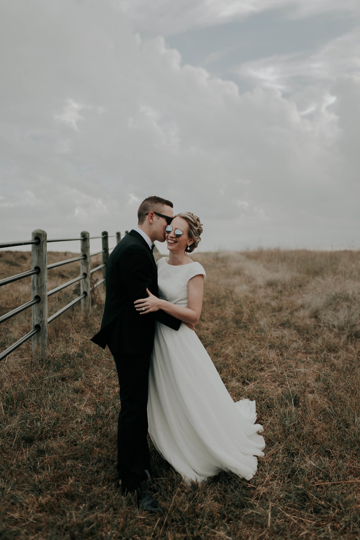 10.06.18ClayEmilyWedding-BrideGroom--40.jpg