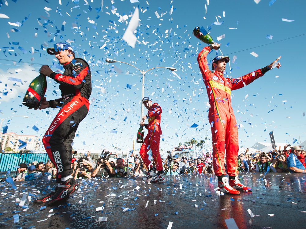 Lucas di Grassi, Audi ABT, Daniel Abt, Audi ABT, and Stephane Sarrazin, Venturi on the podium. 2015/16 FIA Formula E Championship, Long Beach, California, USA.