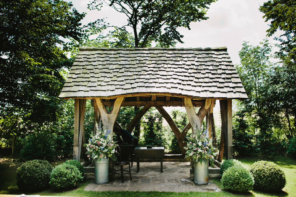 SP154 cripps barn-wedding venue-outside ceremony shelter-David Jenkins.jpg