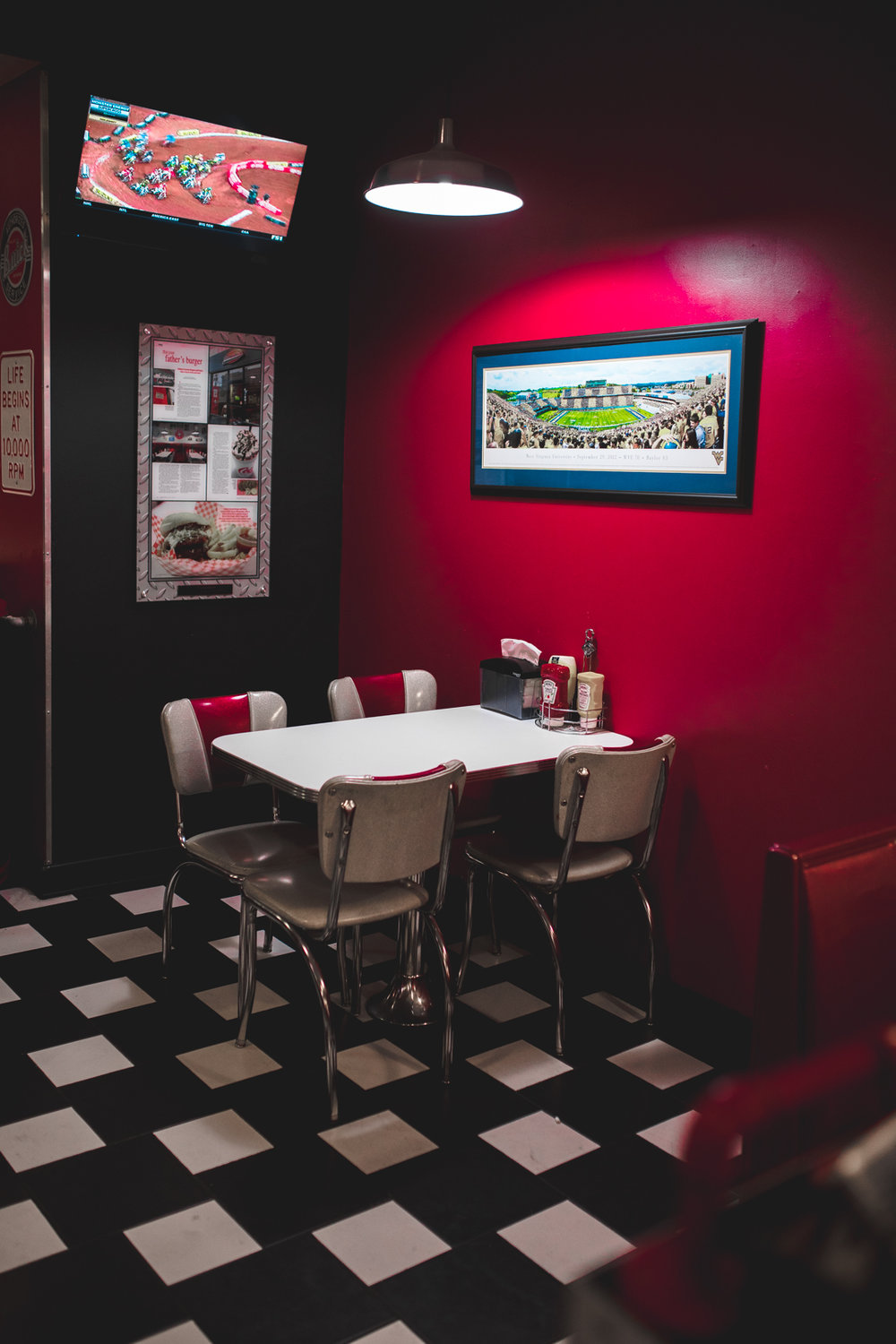 tailpipes-4.jpg