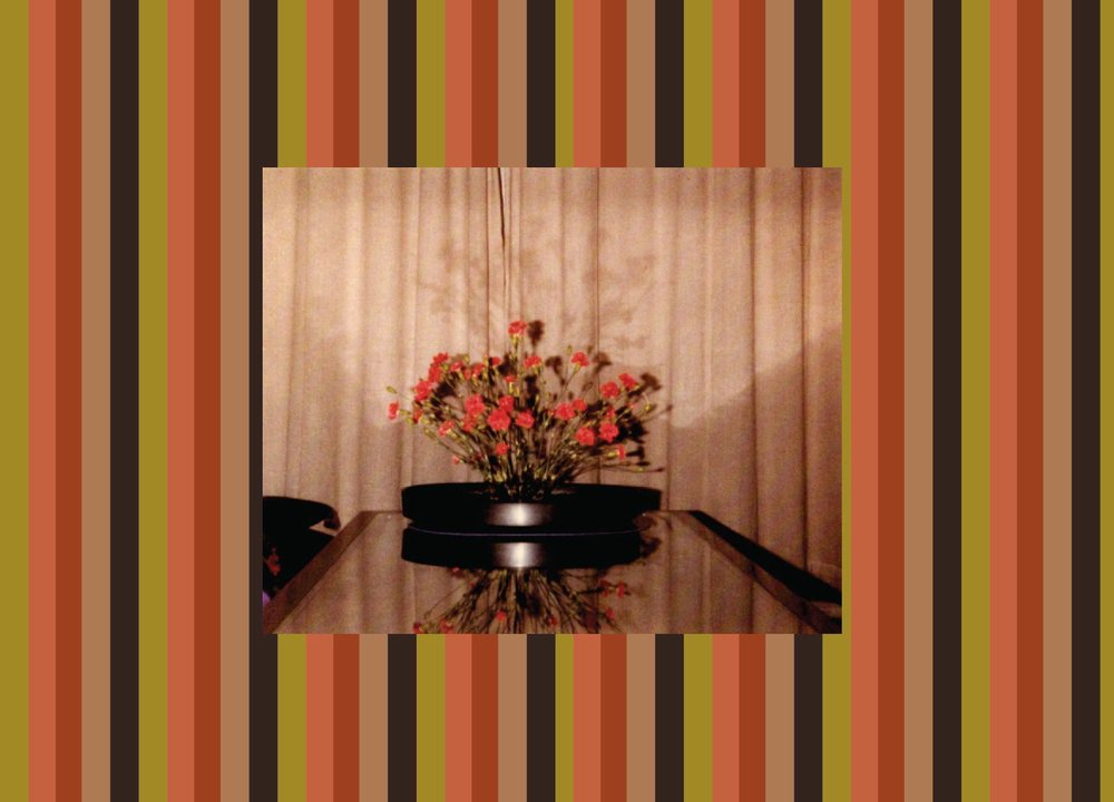 2848d-useredflowersonglasstable-01.jpg