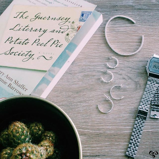 A favourite book, cool cactus, some #sterlingsilverjewellery and watch (because responsibilities) just a few of our favourite things 💖! We'll be setting up @midtownartisanmarket Thursday-Saturday - will we see you there? . . . . . #adelaisjewellery #torontojeweller #midtownartisanmarket #supportfemaleentrepreneurs #supportsmallbusiness #shoplocal #yongeeglintoncentre