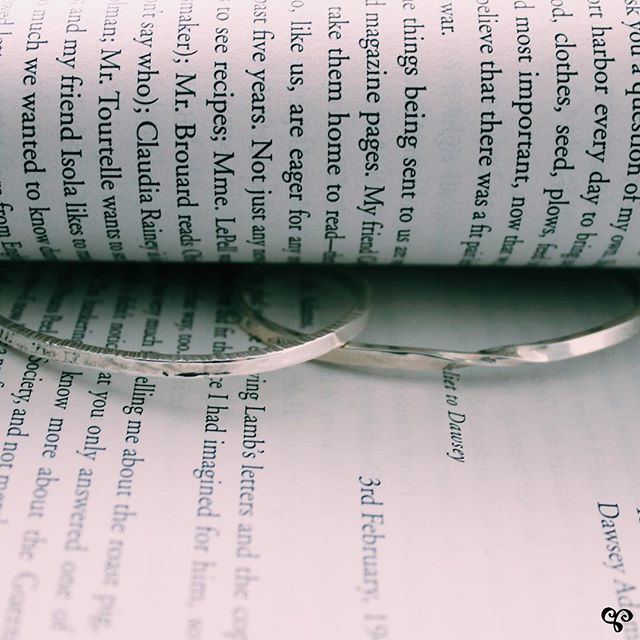 Our sterling silver bangles are so versatile - they double as bookmarks 🔖 ! Have a great long weekend 🌺! . . . . . #sterlingsilverbangle #sterlingsilverbracelets #braceletsofinstagram #adelaisjewellery #springstyle