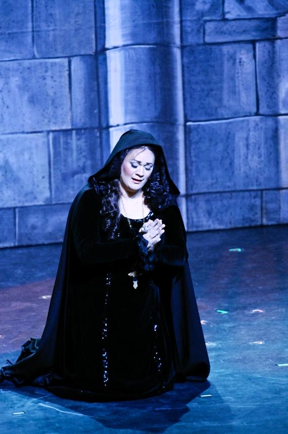 Opera May 10 2010 -145-1.jpg