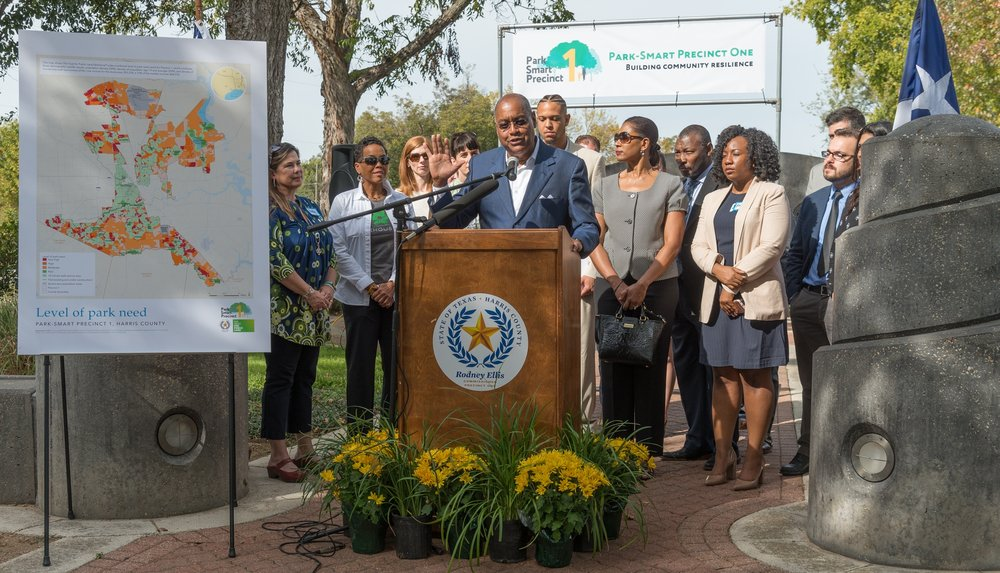 Precinct 1 Commissioner Rodney Ellis addressing reporters at the news conference . Image: dabfoto