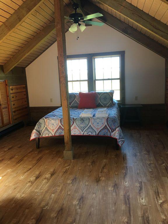 2nd floor- 3rd bedroom- Queen and Twin bed