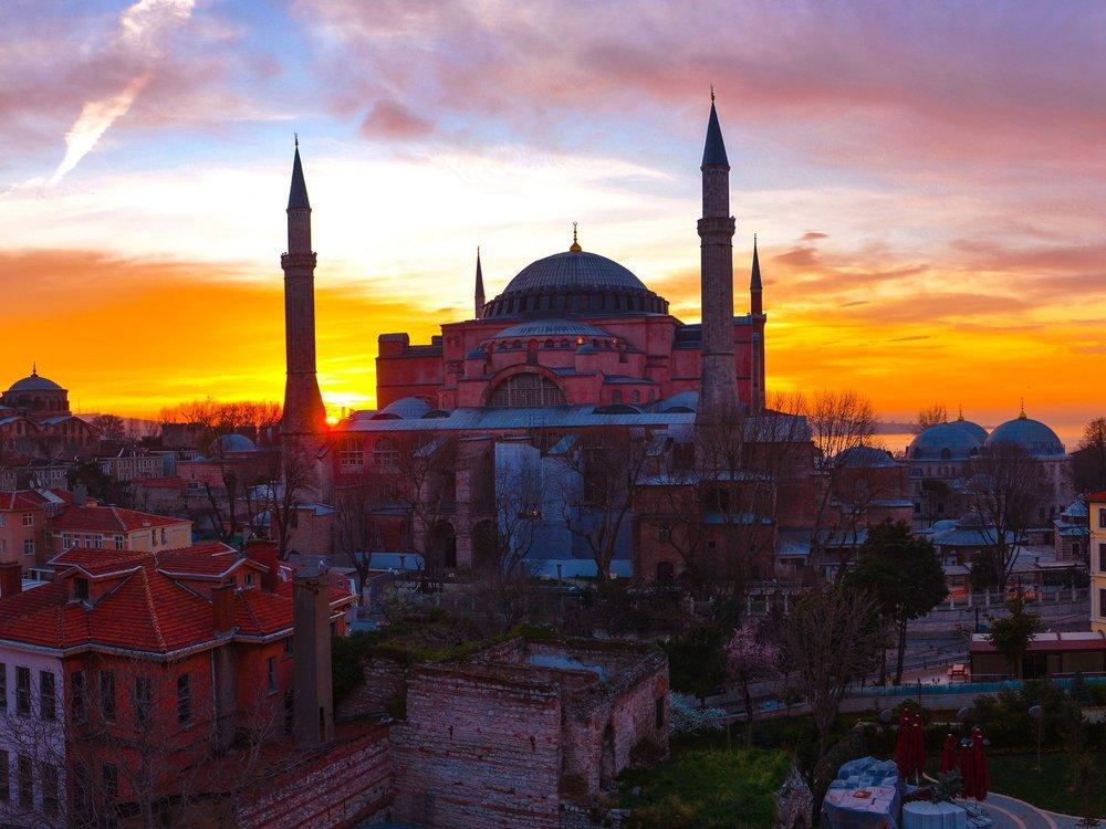 istanbul flight deal