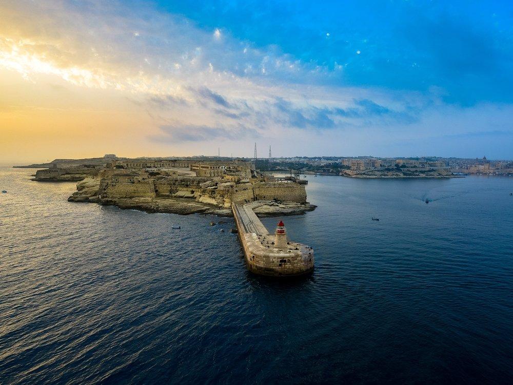 malta flight deal