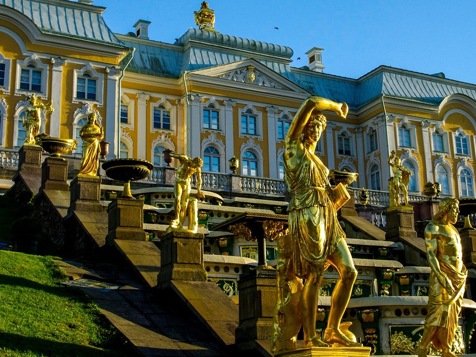 st petersburg flight deal