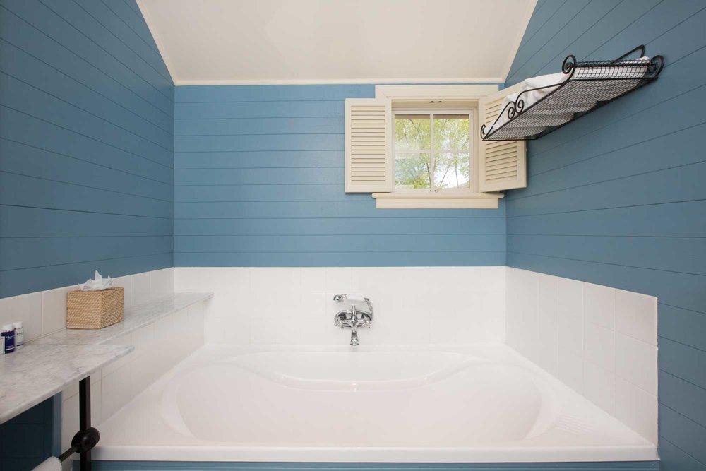 millbrook-accommodation-deluxe-studio-4.jpg