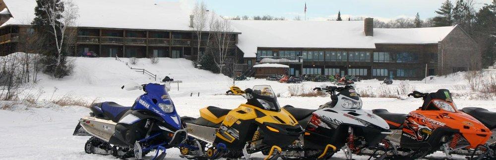 lakewoods-snowmobiles.jpg