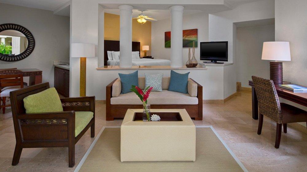 Westin-CR-Room-Living.jpg