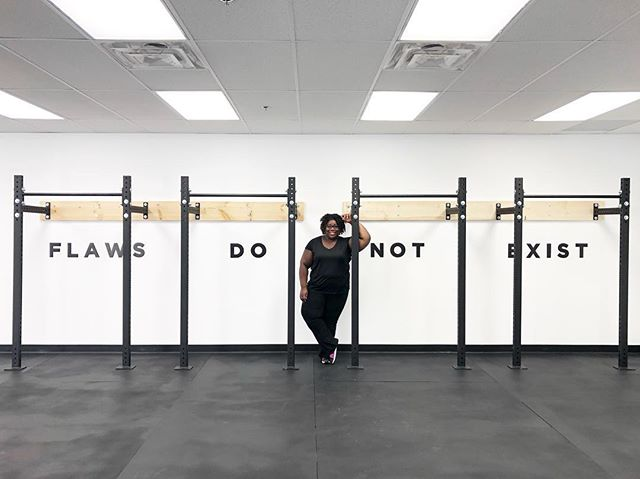 ✌🏾Pushing myself to get them workouts in, even if I only 20 minutes to spare. 🚶🏾‍♀️Reminding myself that short but consistent and intentional movement is better than no movement at all. 🚴🏾‍♀️ Allowing myself to try new things that get my body moving. 🙄 Annoyed that my pose in this picture is the same as the last - it's the Instagram guru in me 🤷🏾‍♀️