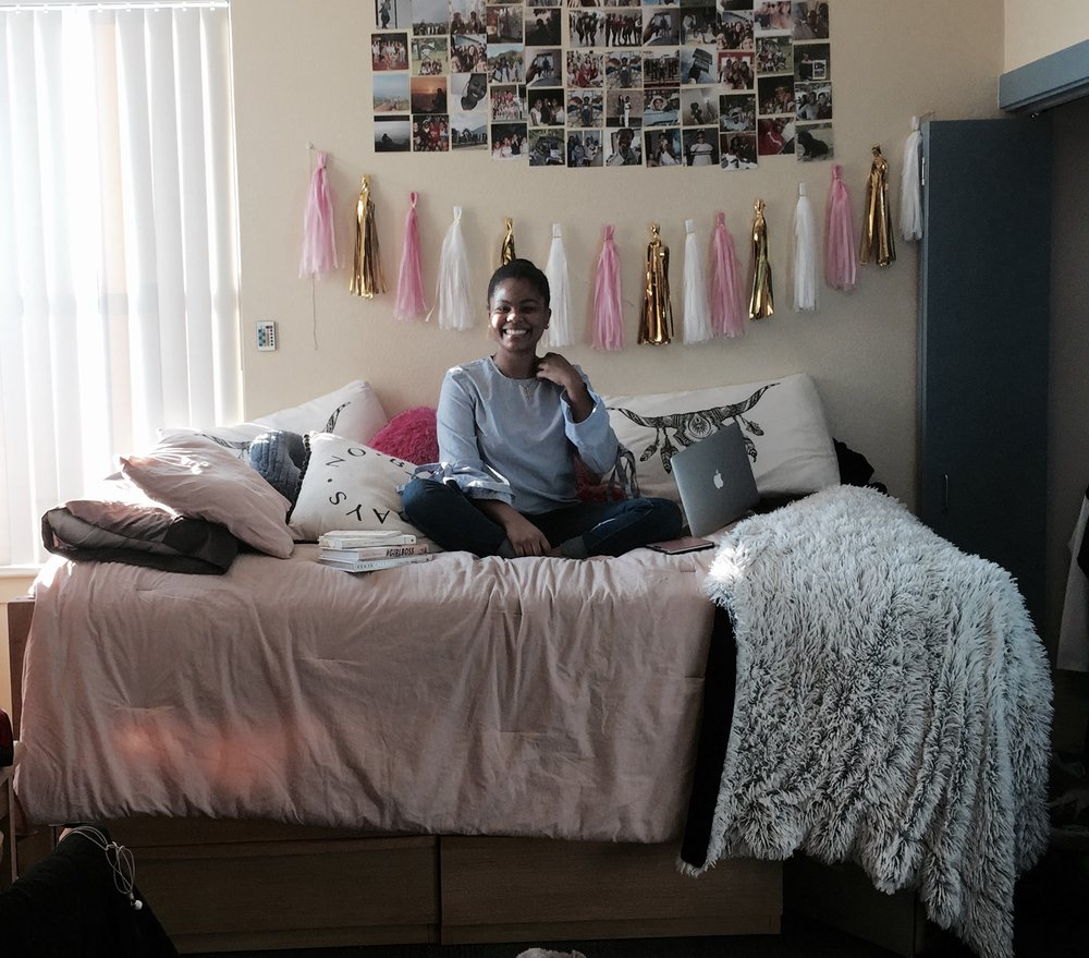 College advice, dorm room, uni