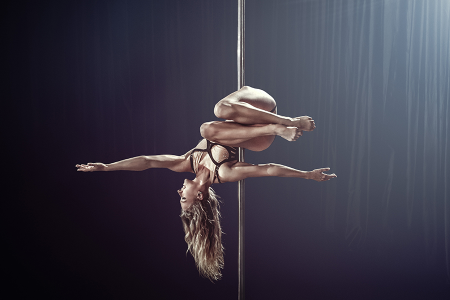 Pole Level 3 - This is where it really starts to get fun!  Here we have moved on to Thigh holds, Split grips, Handstands, Intermediate Floorwork and Flow, Aerial Combinations and much more ;)You must graduate Level 2 or consult with Kat before joining this class.