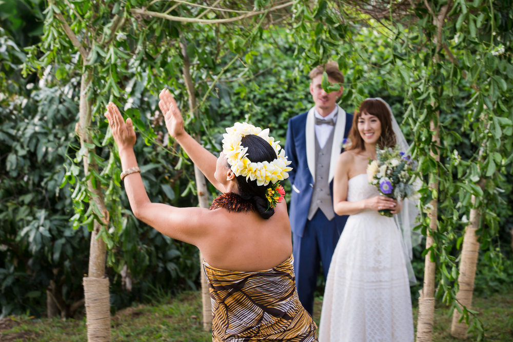 Hula dancing hawaii destination wedding