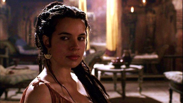 Zuleikha Robinson actress