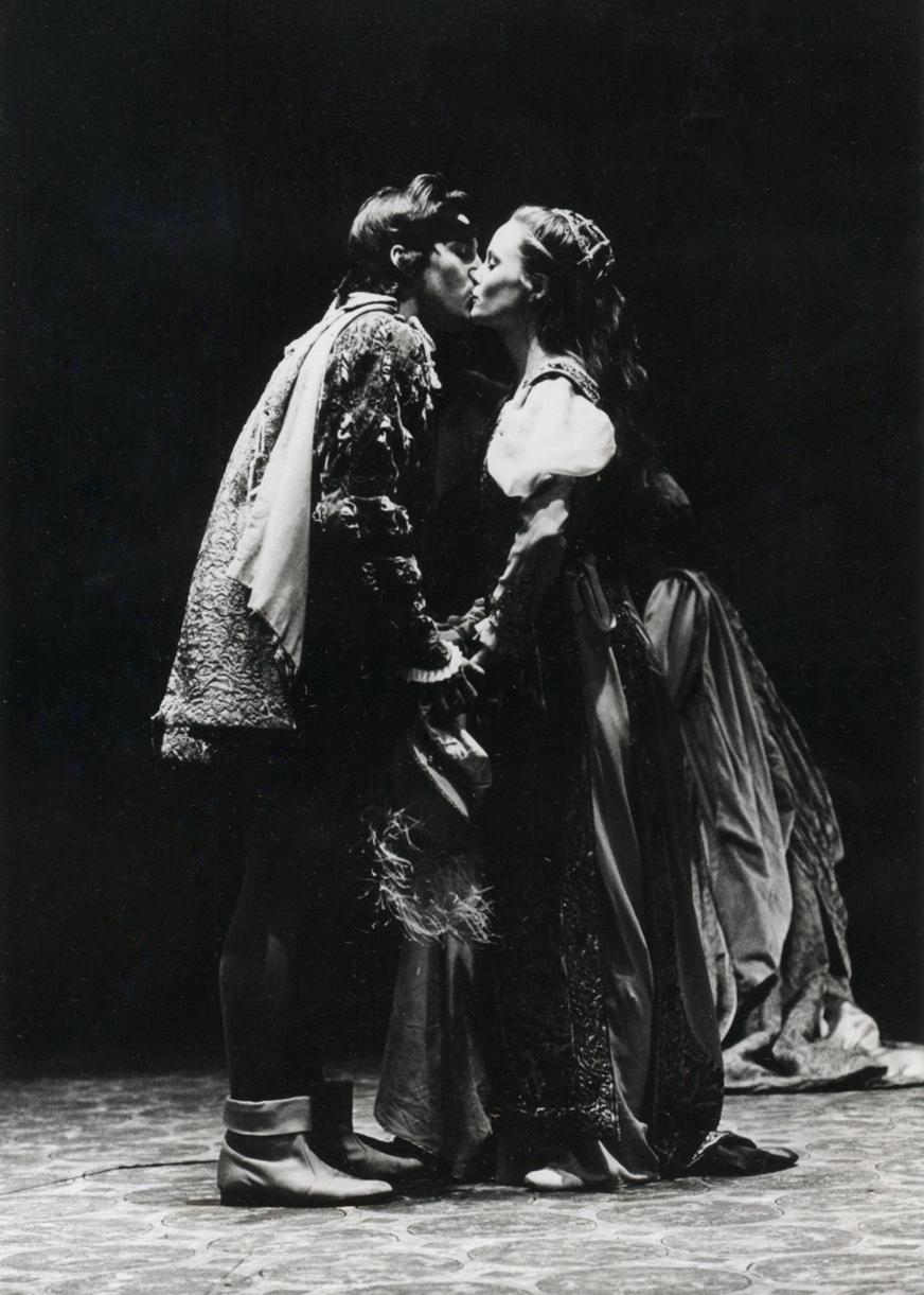 Stage Kiss.jpg