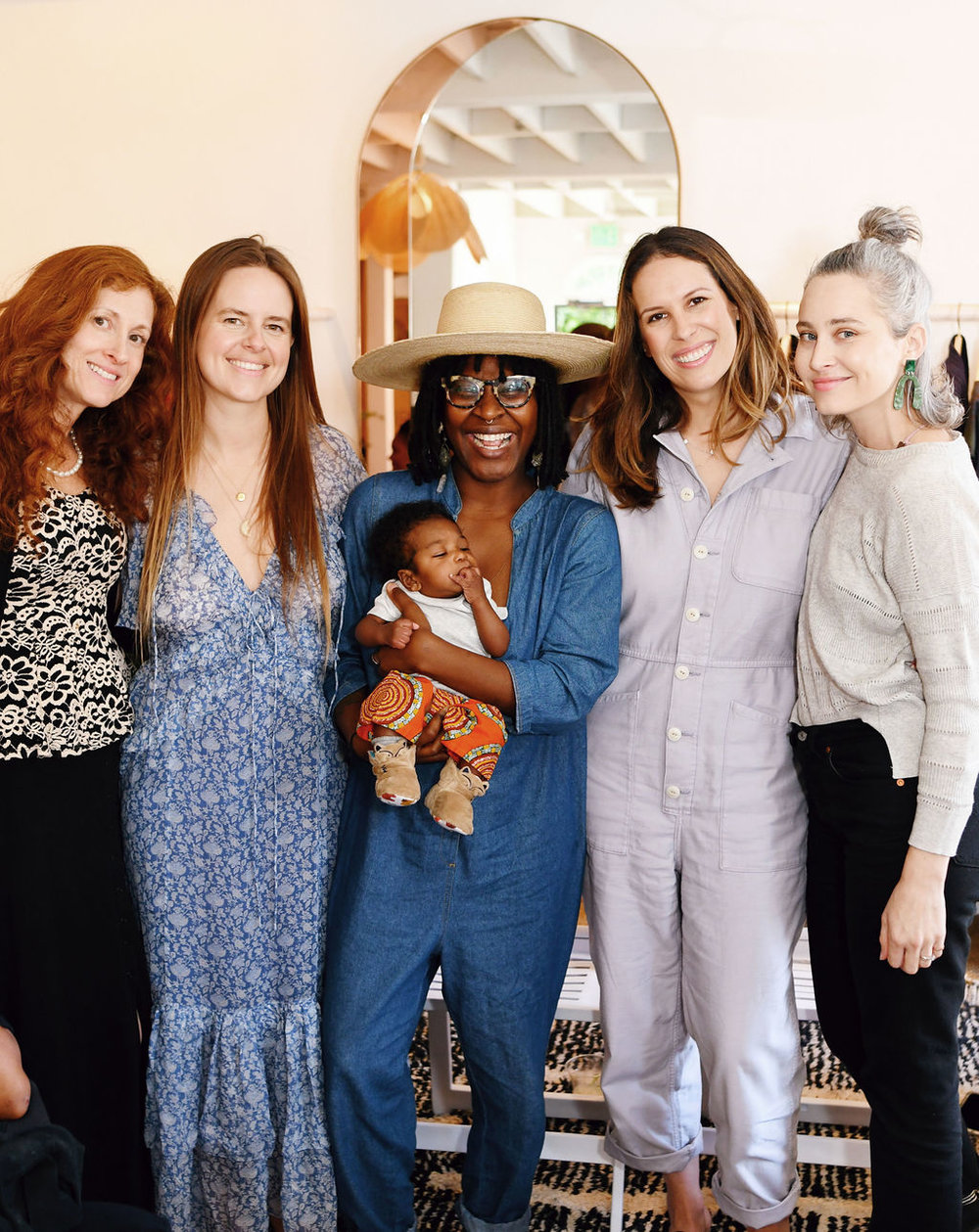 From L to R: Dr. Pamela Abramson-Levine (Lactation Consultant), Stephanie Matthias (Postpartum Doula), Brandi Sellers-Jackson (Birth/Postpartum Doula), Me and Arianna Schioldager (Moderator).
