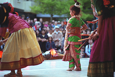 Dancers at Dwali Festival in Wellington.