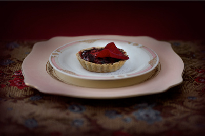 Blood panacotta tart with rose petals, by Jonathan Cameron.